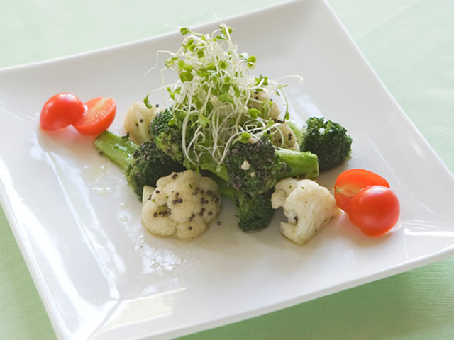 cauliflower-and- broccoli