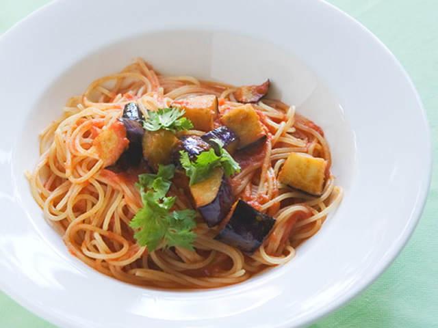 tomato-source-pasta-of-the-deep-frying-eggplant